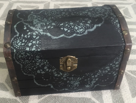 Lace detailing wooden box